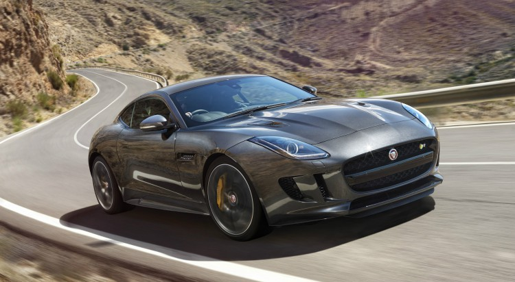 Jaguar F Type V8 R AWD (2017)
