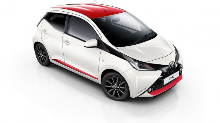 Toyota Aygo 1.0VVTi X-PLAY 5DR X-SHIFT